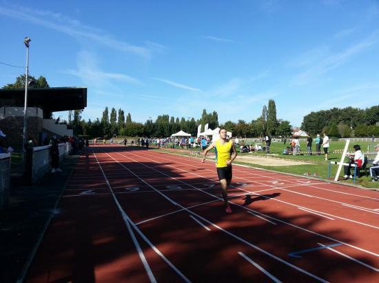 400 m finish